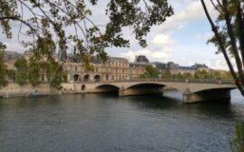 环球游记 - 巴黎伏尔泰沿河街漫步游