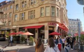 环球游记 - 瑞士苏黎世,列宁,托洛茨基,乔伊斯和理查·施特劳斯都曾经在这里打卡,群星闪耀的奥登咖啡馆