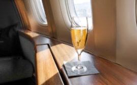 坐头等舱的时候,酒单里都有什么酒?